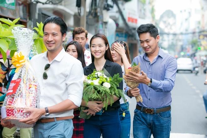 Diep Bao Ngoc, Doan Thanh Tai chuc Tet nghe si gao coi hinh anh 2