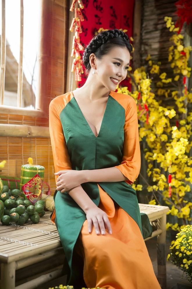 Thanh Hang goi y ao dai cach tan du xuan hinh anh 2
