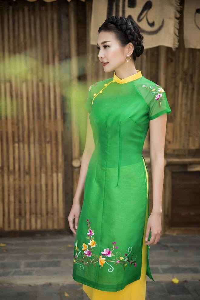 Thanh Hang goi y ao dai cach tan du xuan hinh anh 5