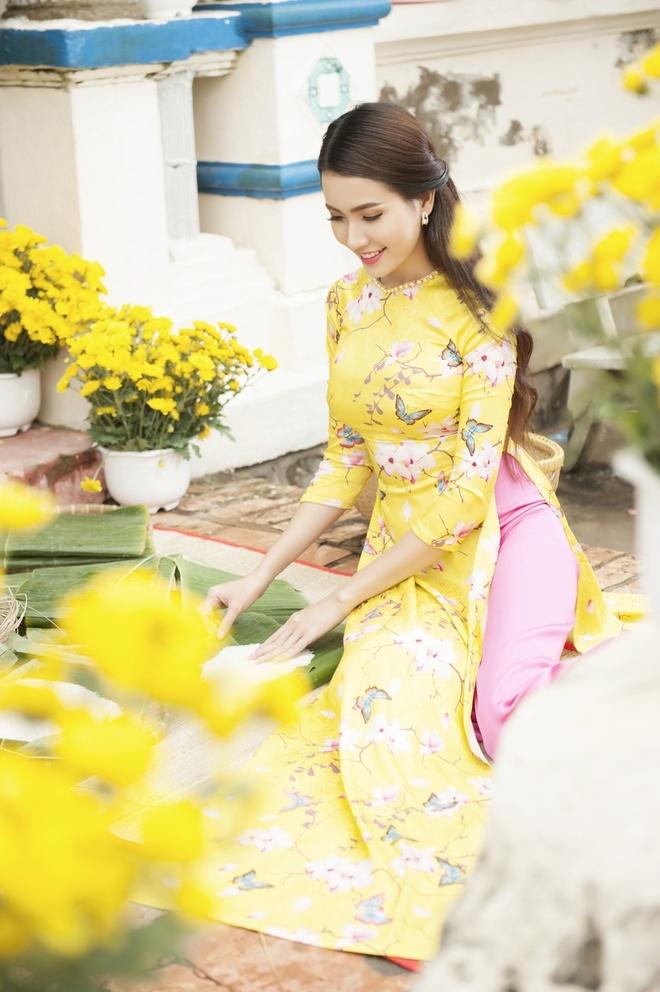 Phan Thi Mo va Ngan Quynh dien ao dai nen na don xuan hinh anh 6