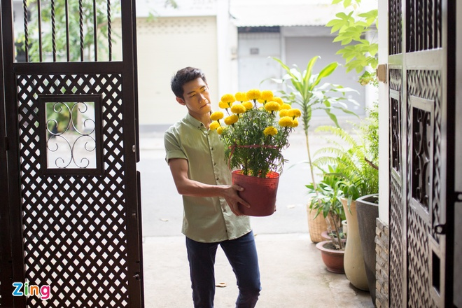Tham nha vu cong Quang Dang mung 1 Tet hinh anh 1