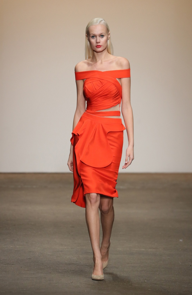 Nha thiet ke Viet tham gia New York Fashion Week anh 4