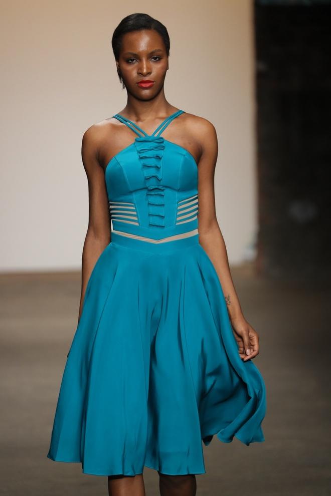 Nha thiet ke Viet tham gia New York Fashion Week anh 8
