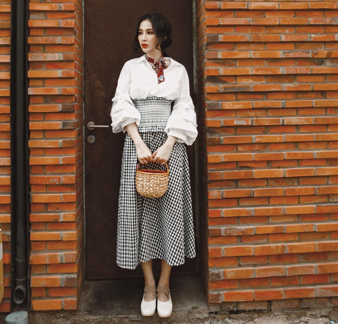 street style Angela Phuong Trinh anh 1