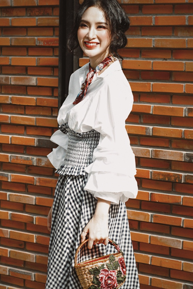 street style Angela Phuong Trinh anh 2