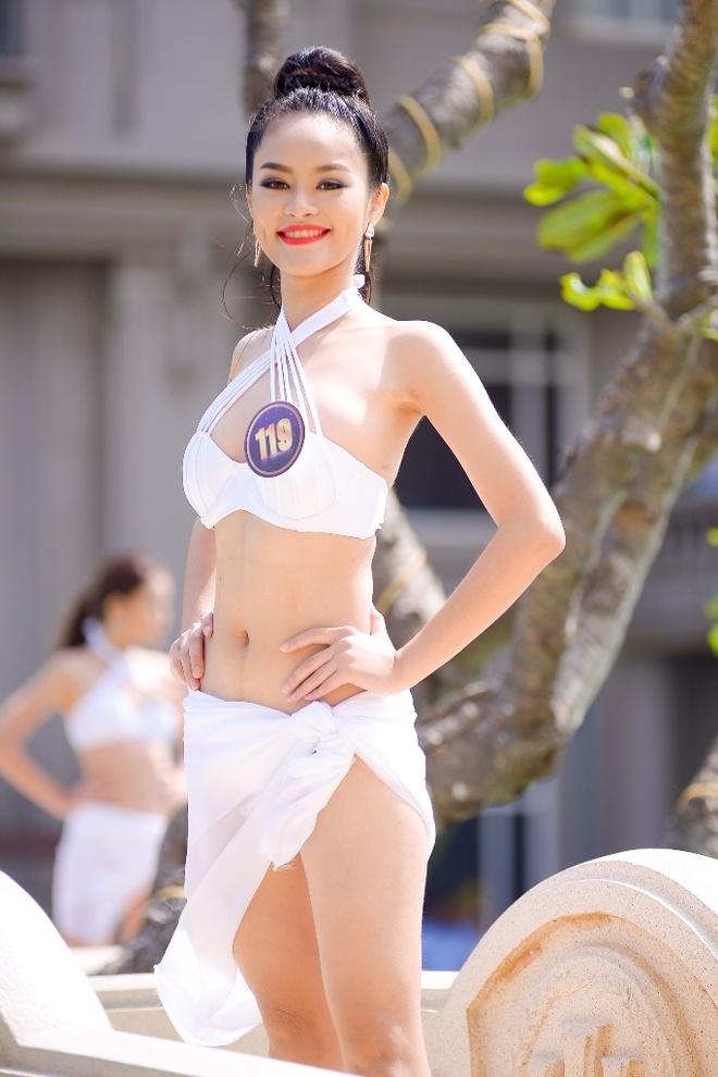 Thi sinh Hoa khoi Du lich 2017 dien bikini goi cam hinh anh 2