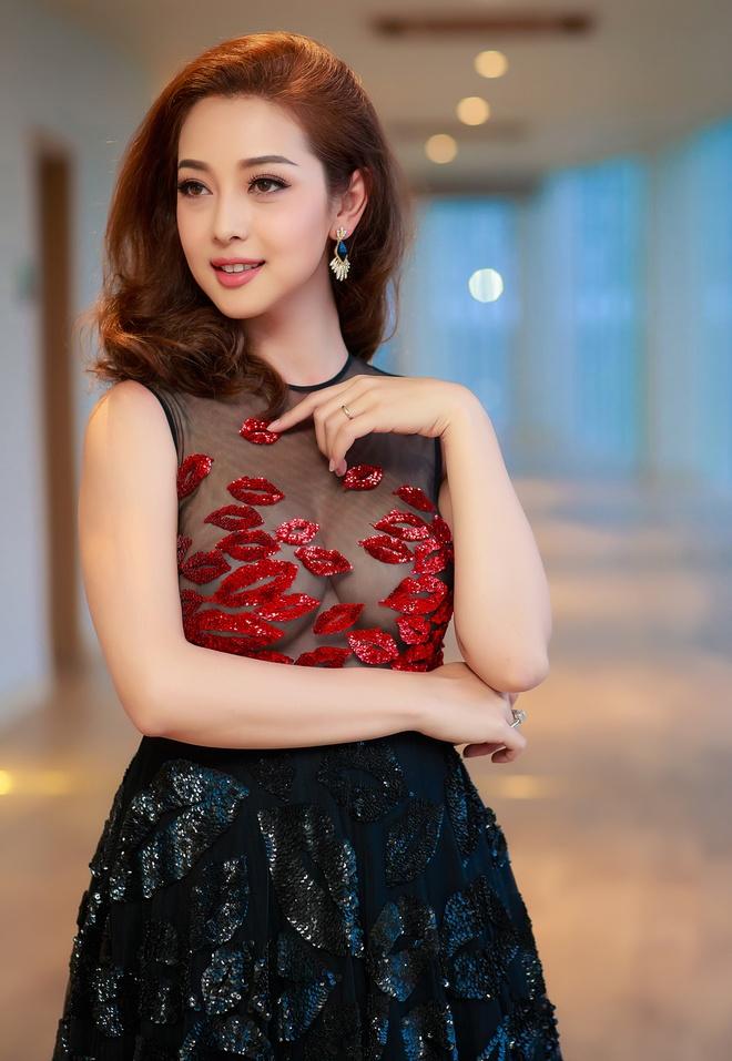 Jennifer Pham vui ve hoi ngo Quang Dung hinh anh 1