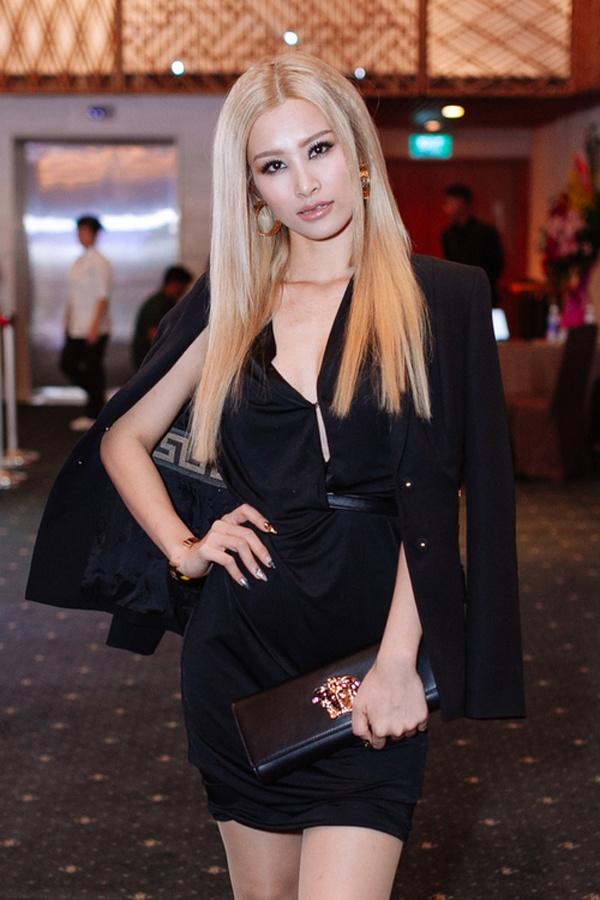Dong Nhi - tay choi hang hieu moi cua showbiz Viet hinh anh 6