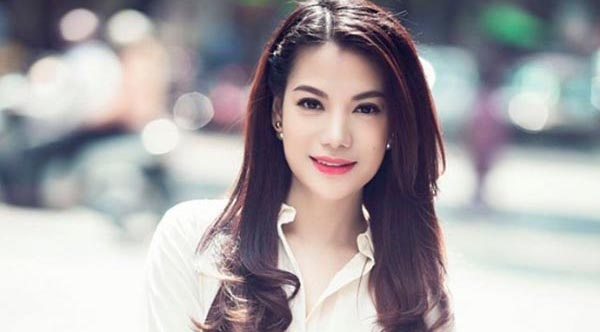 Truong Ngoc Anh lam host Vietnam's Next Top Model hinh anh