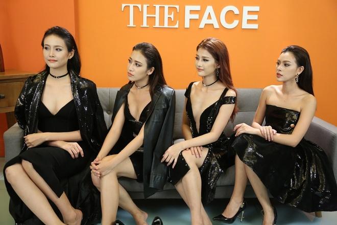 Minh Tu che thi sinh doi ban catwalk nhu dan ong anh 1