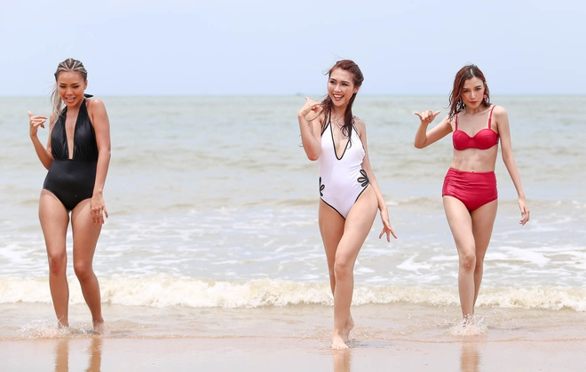 Top 10 The Face khoe dang voi bikini hinh anh 4