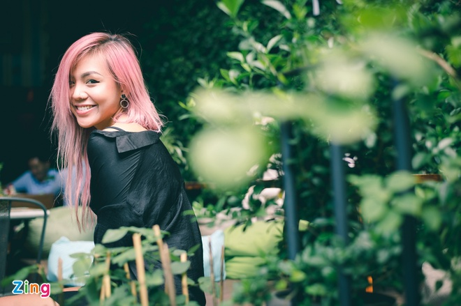Quynh Nhu The Face: 'Mat Hoang Thuy nhin ac nen de bi hieu nham' hinh anh 1