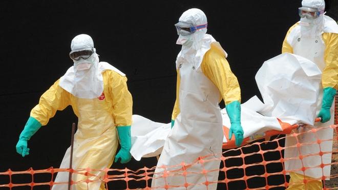 'Dich Ebola dang tang kinh khung' hinh anh