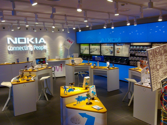 Nokia: Hanh trinh tu thuong hieu 300 ty do den ban minh hinh anh