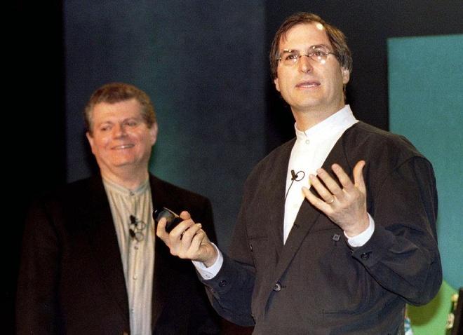 Steve Jobs la chat keo gan ket nha thiet ke Jony Ive voi Apple hinh anh 3