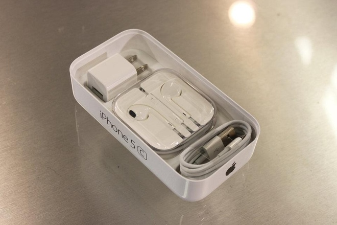 Steve Jobs la chat keo gan ket nha thiet ke Jony Ive voi Apple hinh anh 12