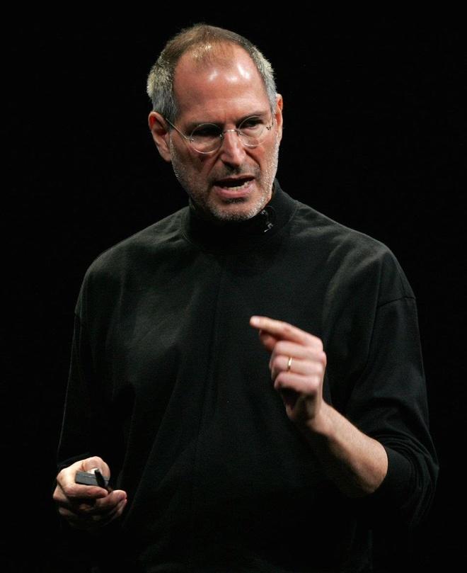 Steve Jobs la chat keo gan ket nha thiet ke Jony Ive voi Apple hinh anh 15