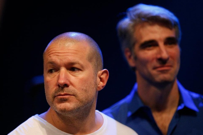 Steve Jobs la chat keo gan ket nha thiet ke Jony Ive voi Apple hinh anh 17