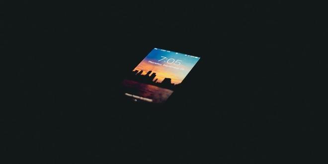 iPhone bi chu nghi 'ma am' hinh anh