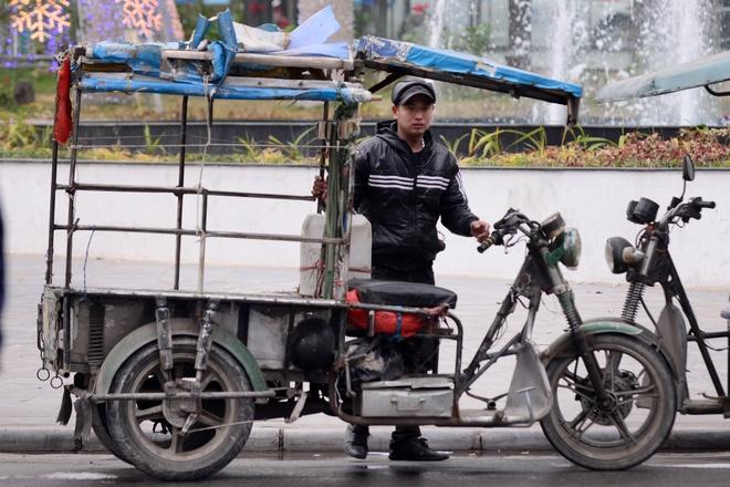 Nhung an tuong khong dep ve xe thuong binh o Ha Noi hinh anh 9