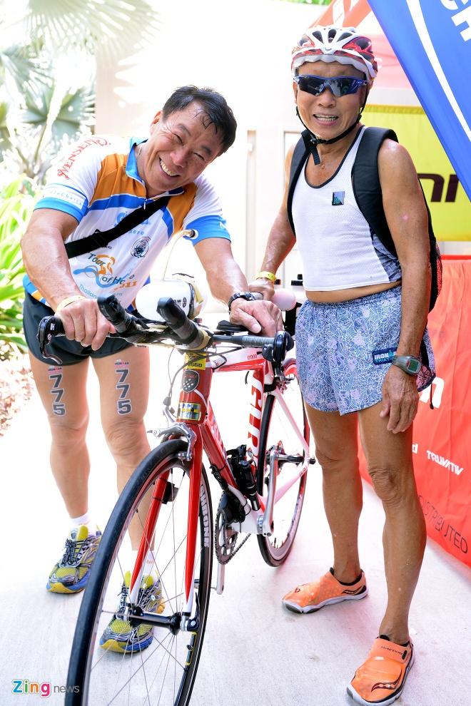 Lao tuong gan 80 tuoi tham du Ironman 70.3 tai Viet Nam hinh anh 4
