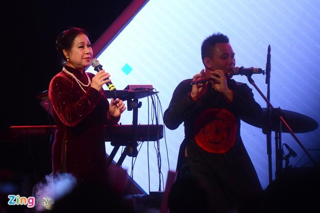 Tuan Ngoc song ca cung Son Tung MTP anh 8