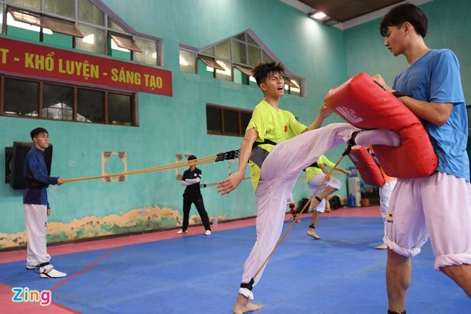 Tuyen taekwondo kho luyen bang dung cu dac biet truoc SEA Games hinh anh