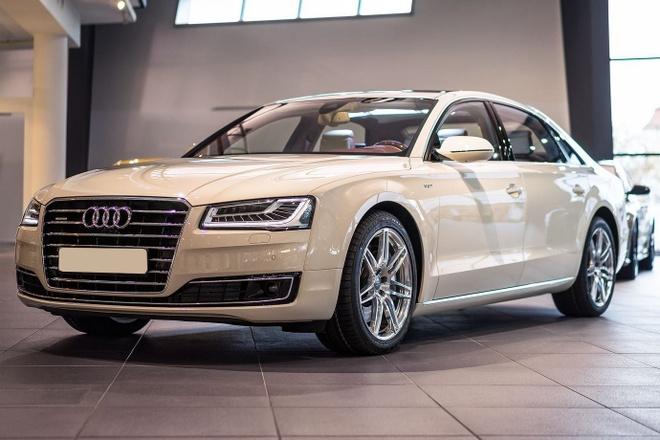 Audi Việt Nam triệu hồi A8L vì lỗi gioăng cao su khoang máy