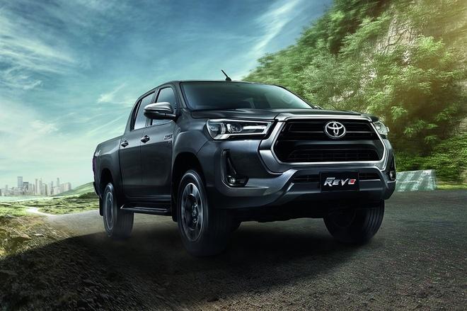 Toyota Hilux 2021: Giá xe, thông số và khuyến mãi trong tháng 12/2020