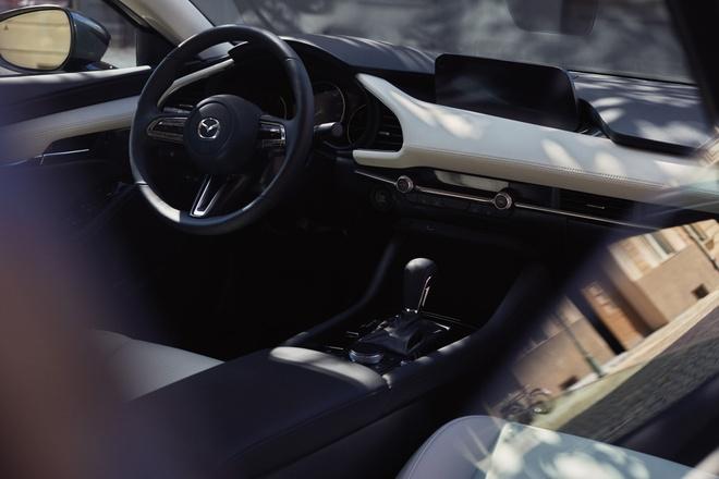 Mazda3 Turbo 2021 anh 4