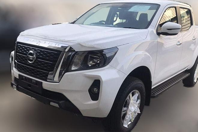 Nissan Navara 2021 anh 1