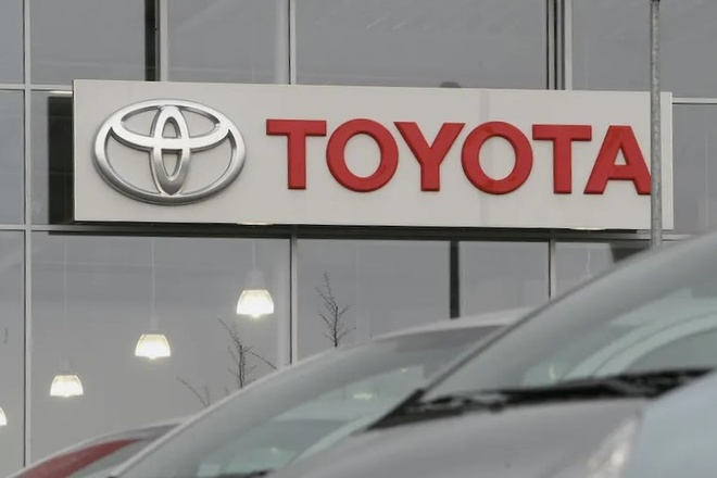 Toyota co the bi tay chay tai My vi muon can tro chinh sach xe dien hinh anh