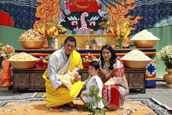 gia dinh Quoc vuong Bhutan anh 3