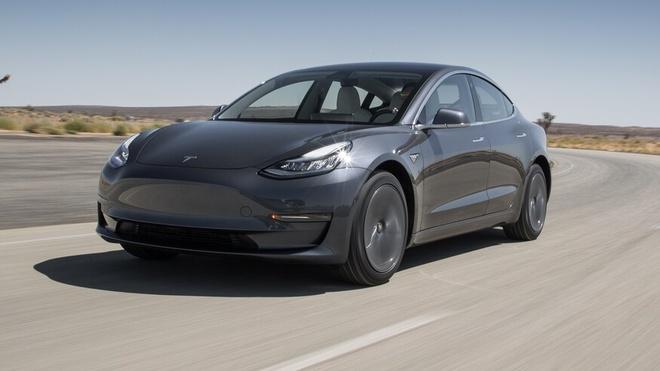Dat nham so luong xe,  Tesla Model 3, anh 1
