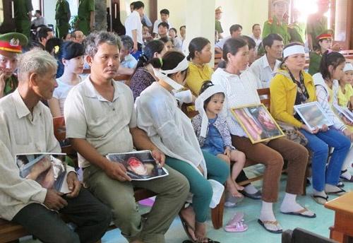 Hoan phien phuc tham vu 5 cong an danh chet nguoi o Phu Yen hinh anh