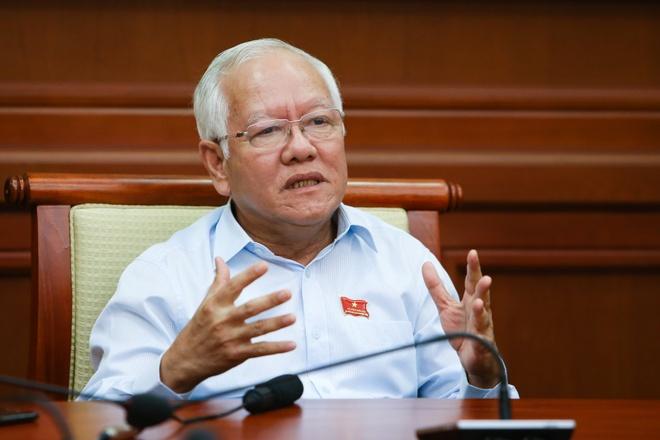 Chu tich UBND TP HCM: 'Dem het tam long phuc vu nhan dan' hinh anh