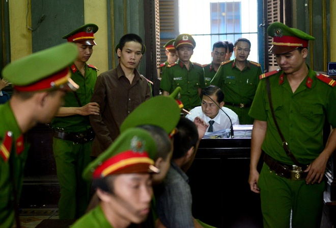 Vu tham sat Binh Phuoc: Vu Van Tien khong thoat an tu hinh hinh anh 2