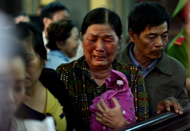 Vu tham sat Binh Phuoc: Vu Van Tien khong thoat an tu hinh hinh anh 7