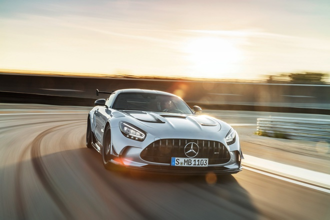Mercedes-AMG GT Black Series anh 1
