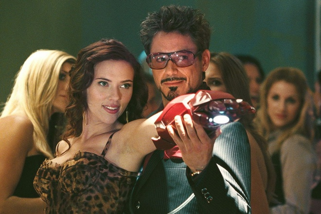 Robert Downey Jr. lap lung chuyen gop mat trong 'Black Widow' hinh anh 1 blackwidow_ironman_xpep.jpg
