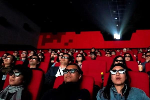 Nguoi Trung Quoc hao huc cho doi rap chieu phim hoat dong tro lai hinh anh 1 5d6e484a2e22af247d4f4682.jpg