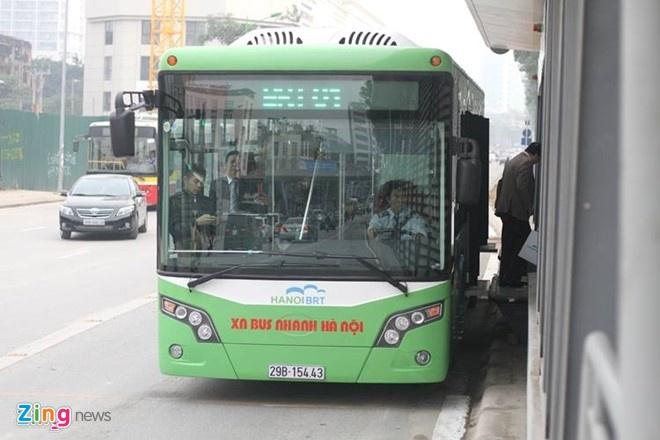 Mien phi buyt nhanh BRT den thang 2 anh 1