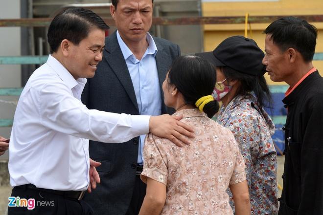 Chu tich Ha Noi doi thoai voi dan Dong Tam anh 1