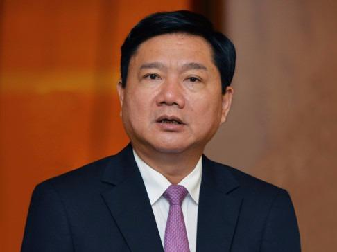 Ong Dinh La Thang lam Pho ban Kinh te Trung uong hinh anh