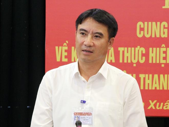 Pho chu tich quan Thanh Xuan co loi trong ung xu voi cong dan hinh anh