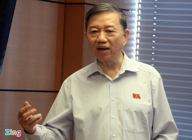 Bo truong To Lam: 'Chan Internet thi chung ta khong choi duoc voi ai' hinh anh 1