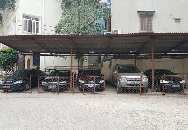 Khoan xe cong Ha Noi giam duoc 11 tai xe hinh anh 1