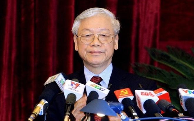 Bo Chinh tri quy dinh ve phan cap quan ly va bo nhiem can bo hinh anh