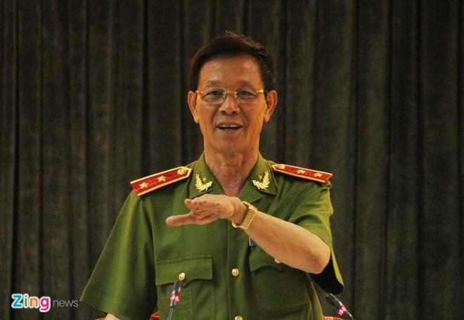 Ong Phan Van Vinh tung lam truong ban chuyen an nao? hinh anh