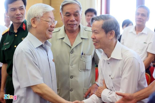 'Khong nen noi Tong bi thu kiem Chu tich nuoc' hinh anh 2